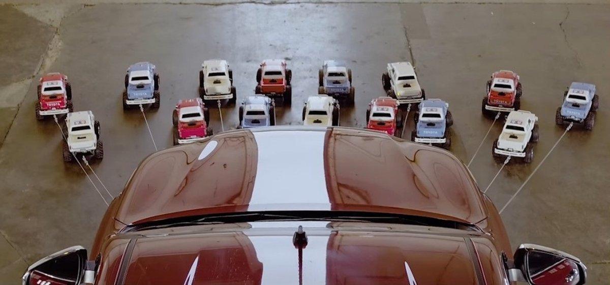Pour Le Publicité Toyota InsoliteLa Pick Hilux Up 0wnOk8P