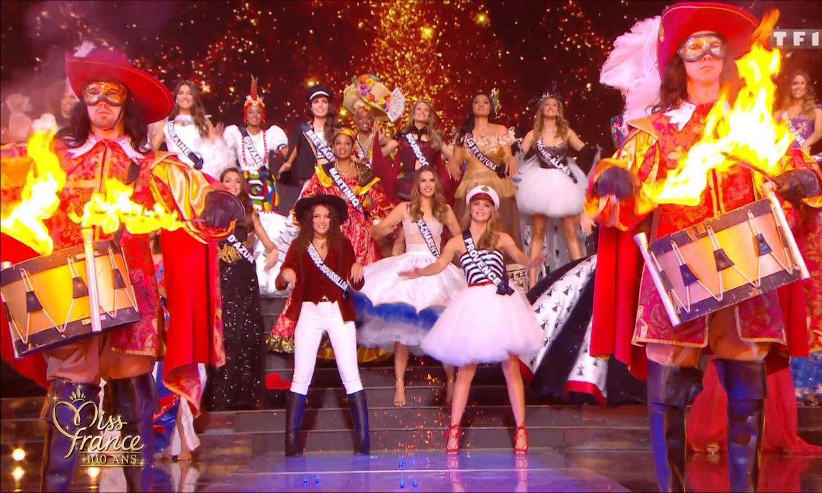 29 Miss en costume régional - Miss France 2021