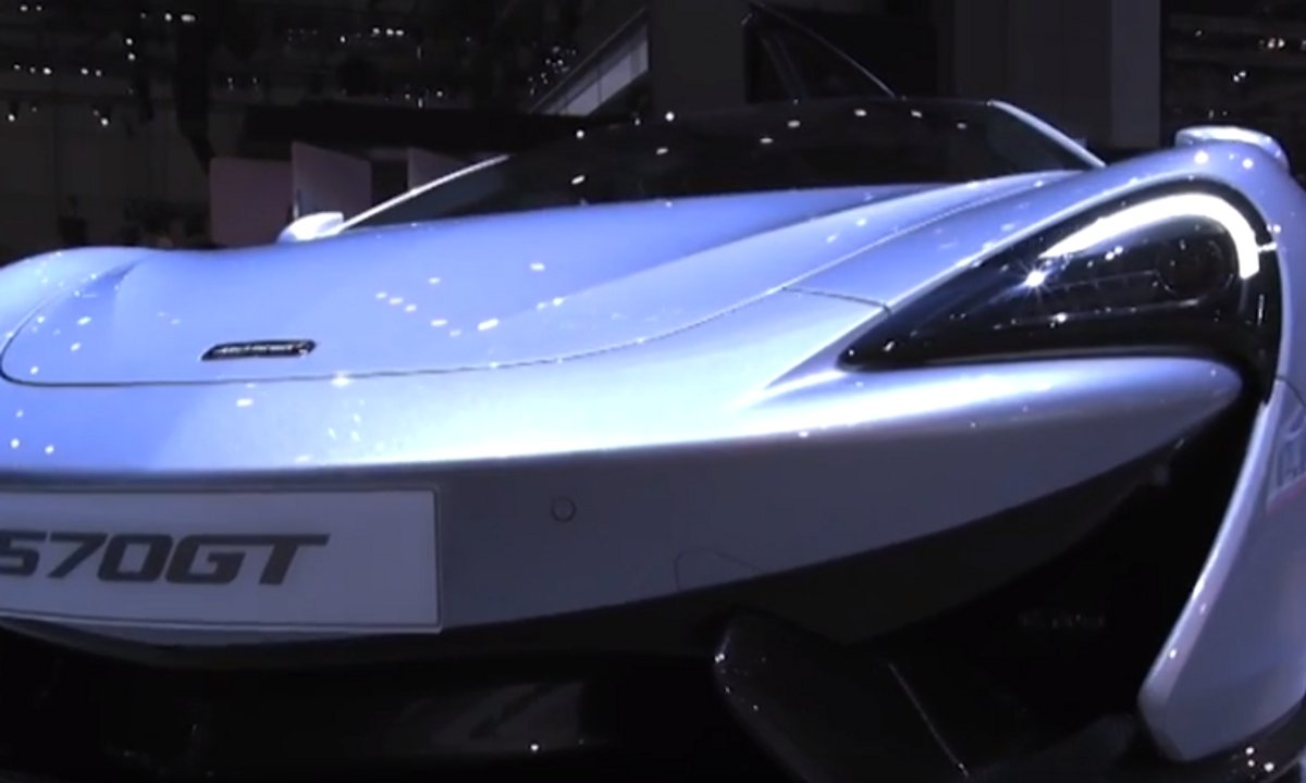 McLaren au Salon de Genève 2016, en vidéo