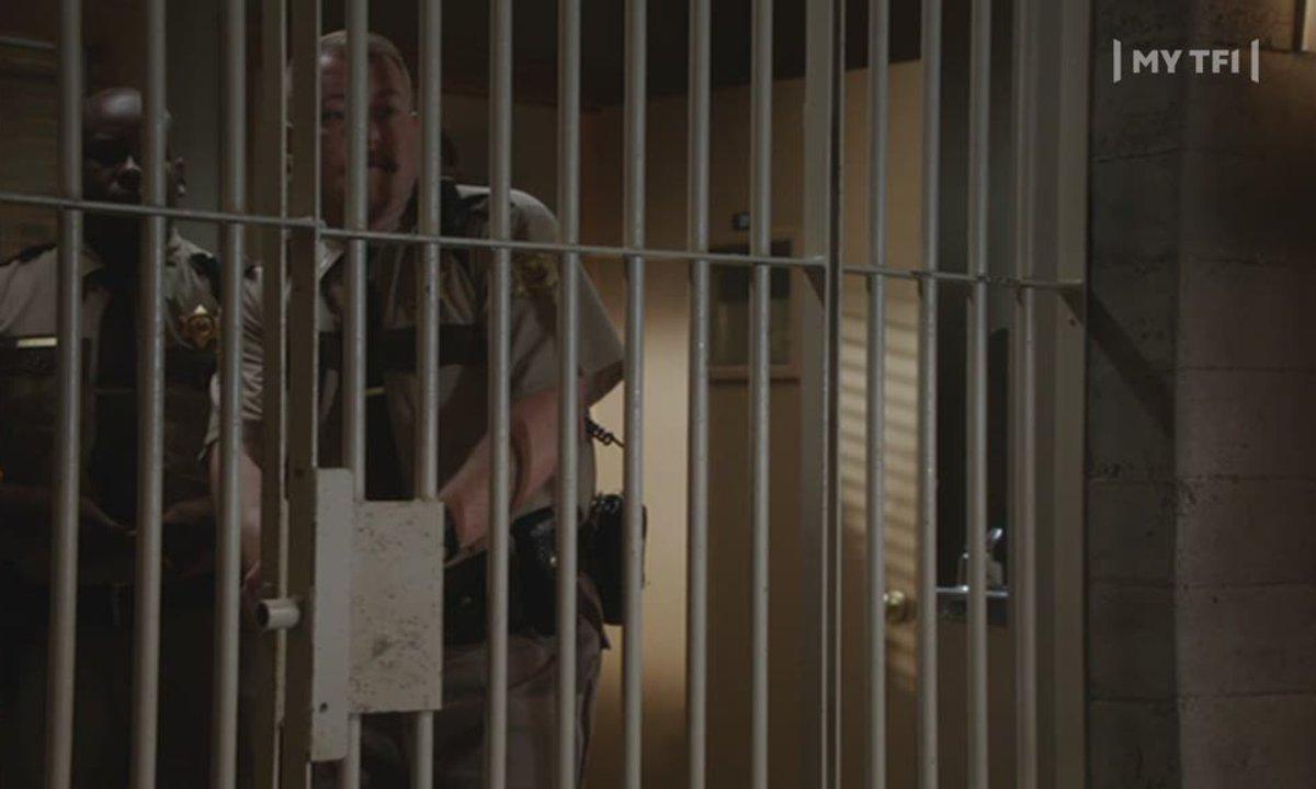 90210 Beverly Hills : Nouvelle Génération - S05 E01 - Les nerfs à vif