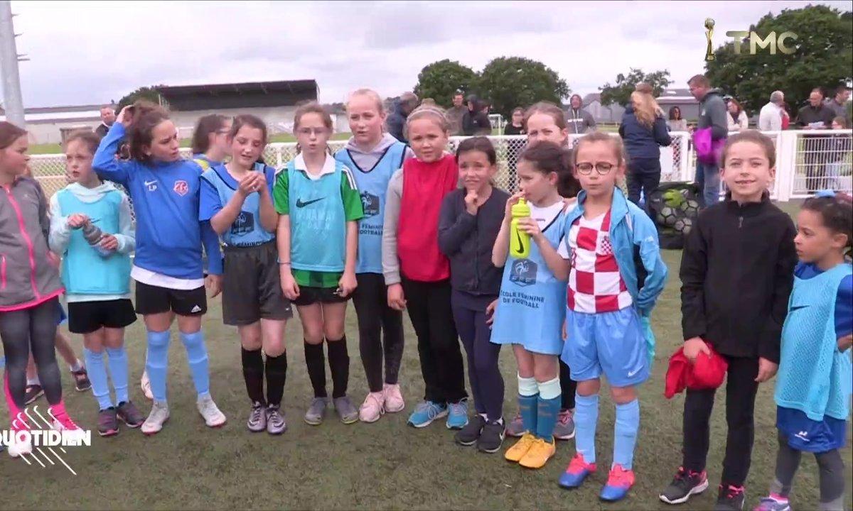 À Lamballe, les Bleues créent des vocations chez les petites filles