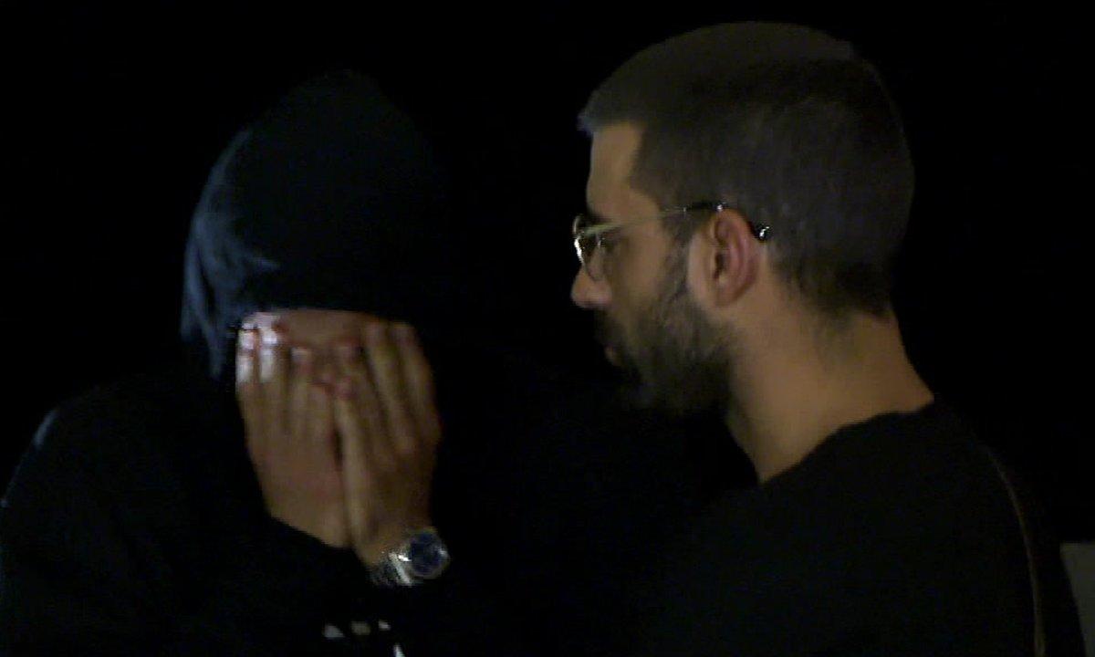 Ahmed fond en larmes dans l'épisode 62 de La Villa des Cœurs Brisés