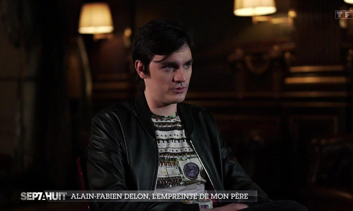 Alain-Fabien Delon se confie sur sa relation avec son père