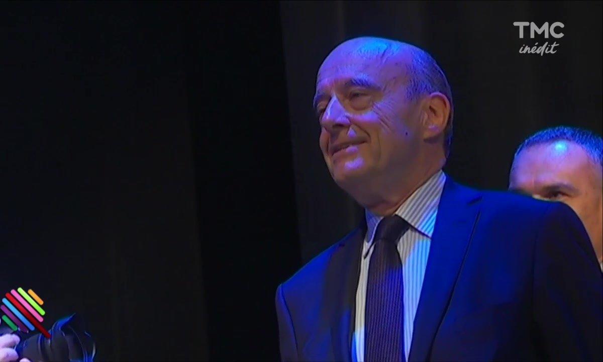 Alain Juppé, la campagne en chantant