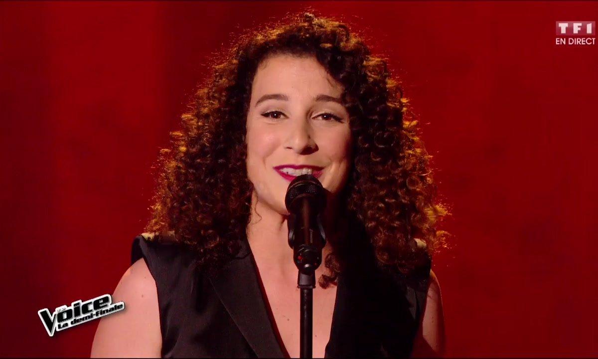 Amandine chante en direct « D'aventure en aventure » (Serge Lama) pour la demi-finale (Saison 05)