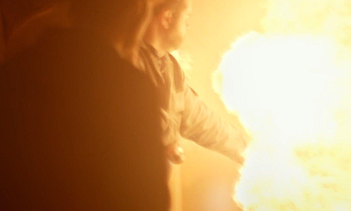 Incendie - Alex brûlé par la première explosion