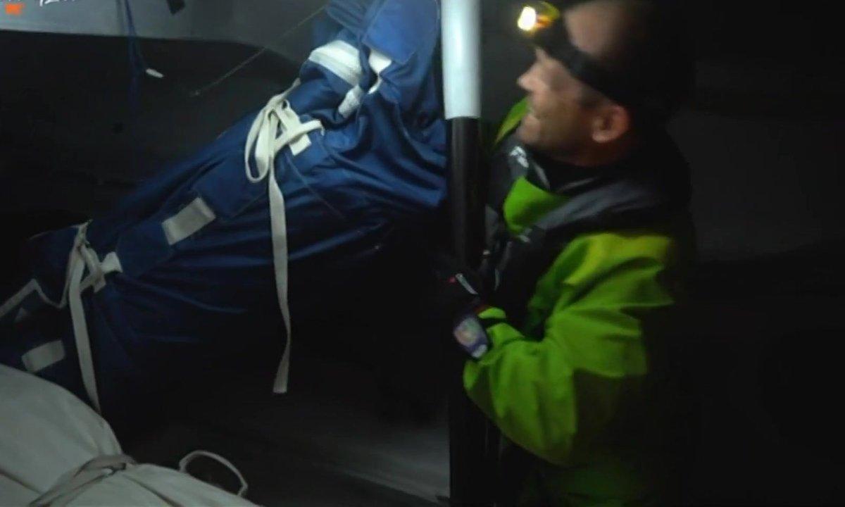 Au cœur du Vendée Globe J23 : quatre skippers partent à la recherche de Kevin Escoffier