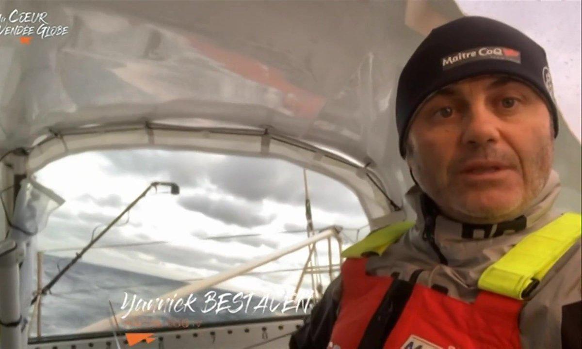 Au cœur du Vendée Globe J3 : la flotte se prépare à une nuit agitée