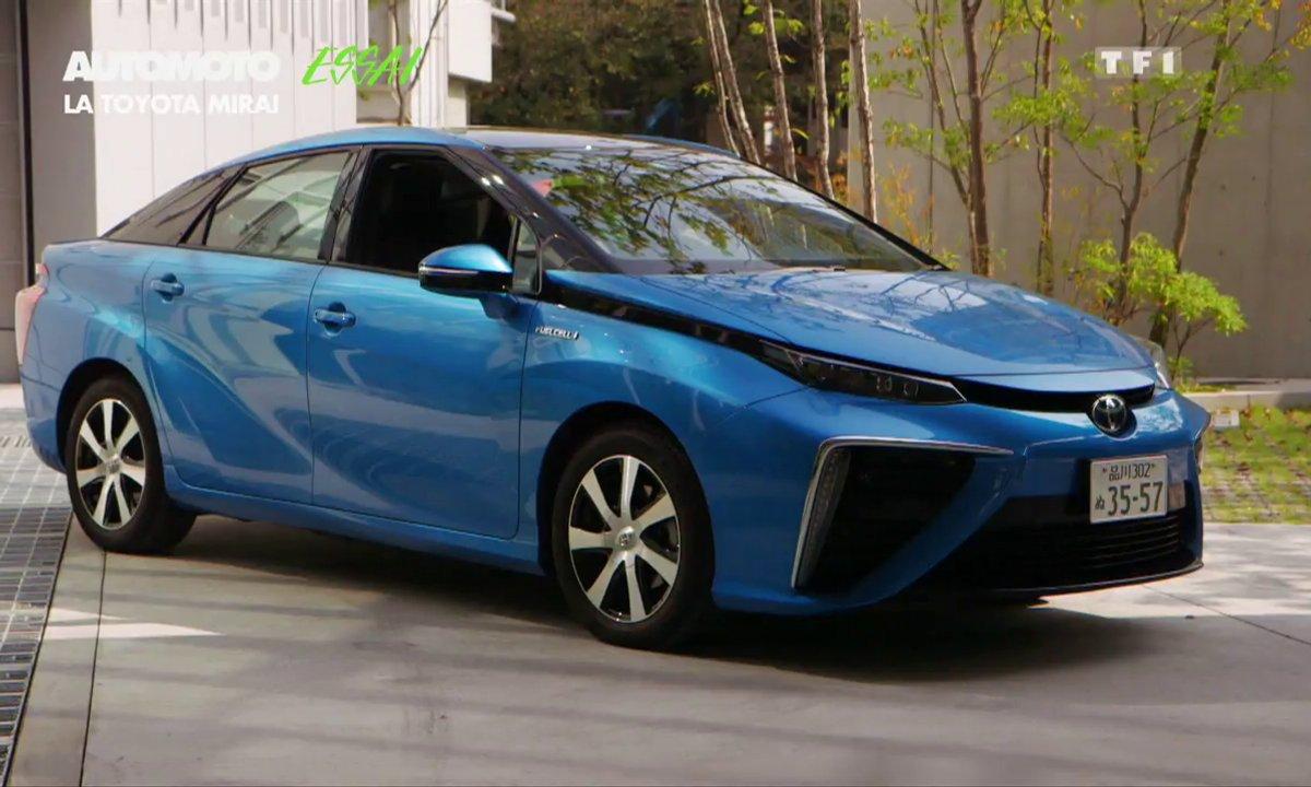 Essai Vidéo : Toyota Mirai, la pionnière de l'hydrogène ?