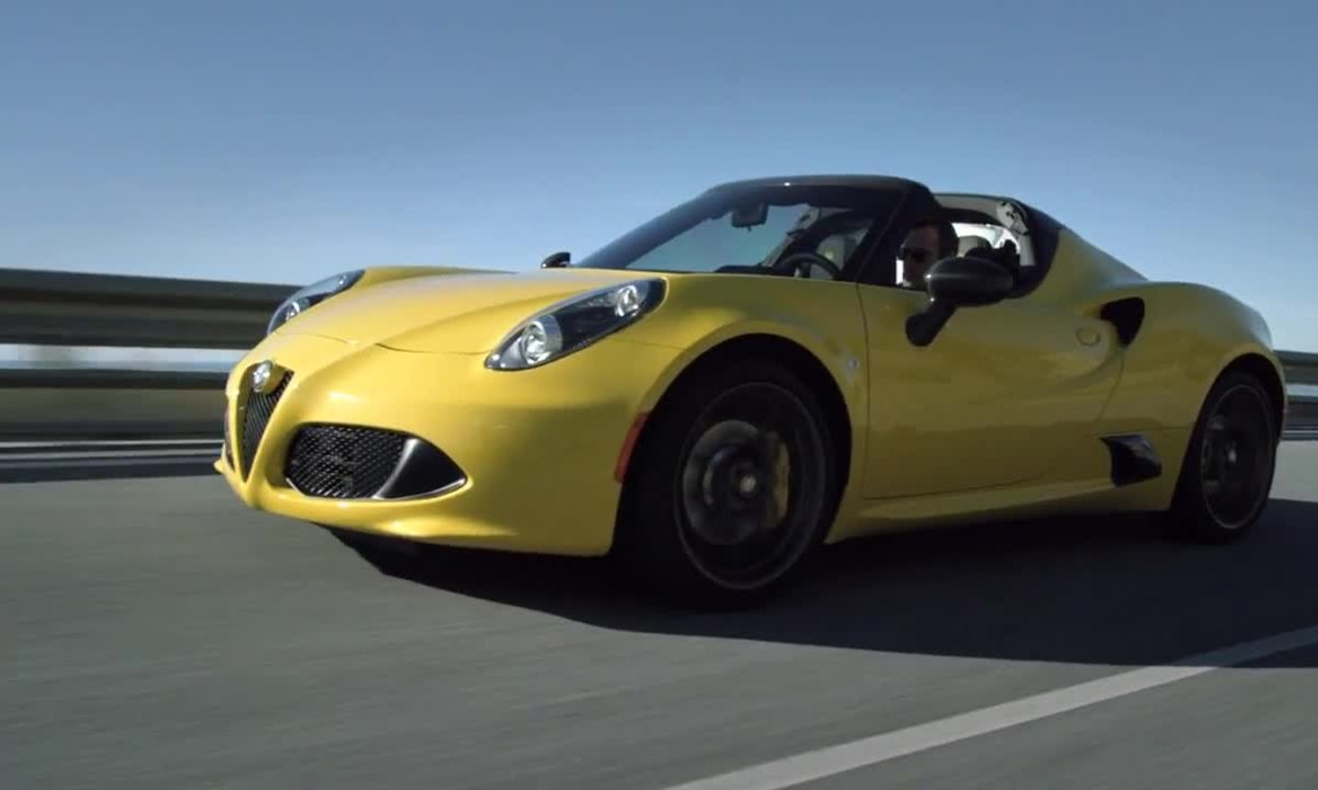 Alfa Romeo 4C Spider 2015 : présentation officielle