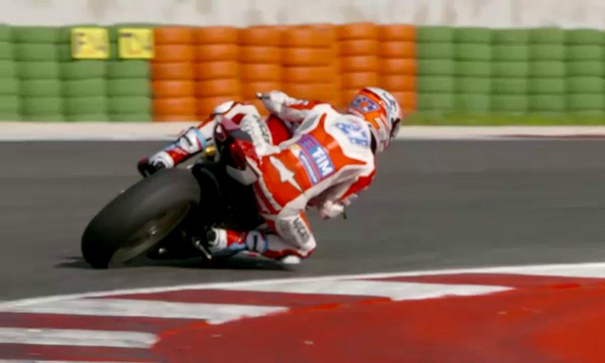 Casey Stoner au guidon de la nouvelle Ducati 1299 Panigale S Anniversario