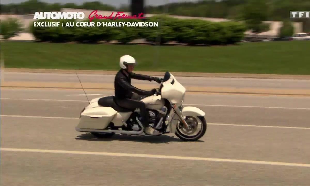 Grand Format : Au coeur d'Harley-Davidson avec la Roadster 2016