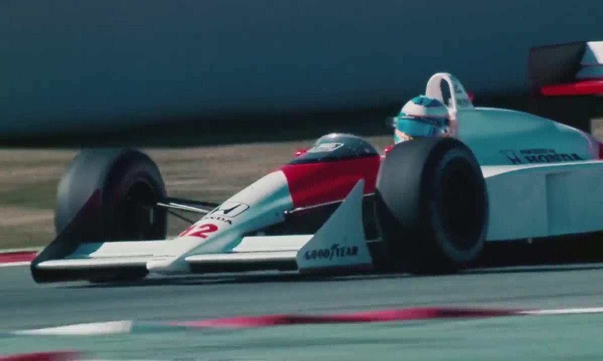 Fernando Alonso sur la McLaren MP4/4 d'Ayrton Senna