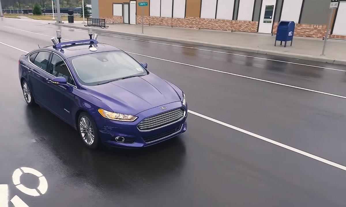 Ford test sa voiture autonome à MCity
