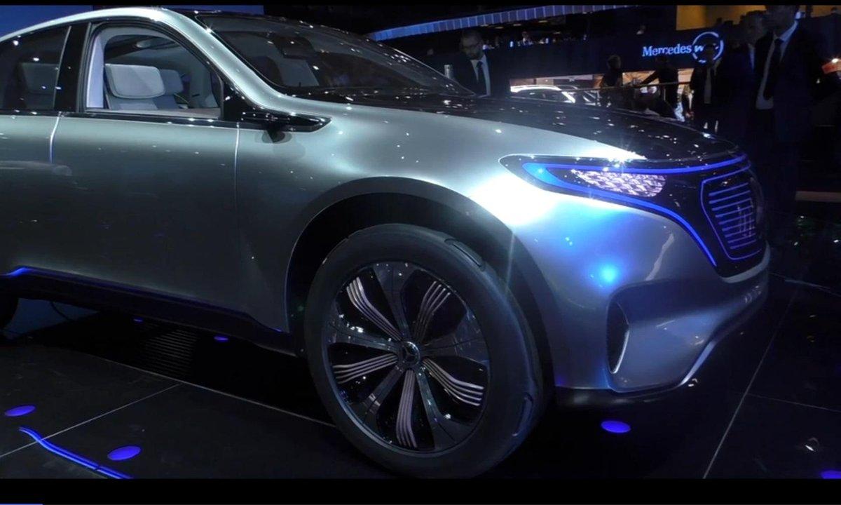 Mondial de l'Auto 2016 : Mercedes EQC Vision, le SUV électrisant