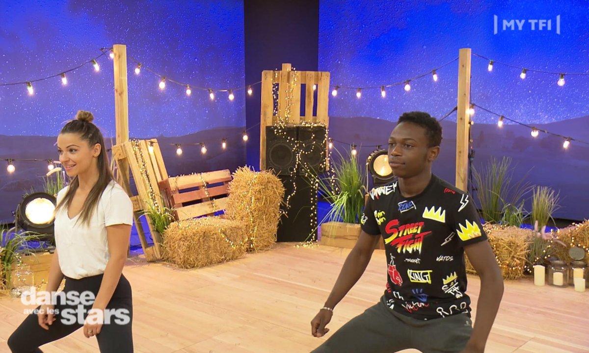 Azize Diabaté : « C'est la fatigue cette danse ! »