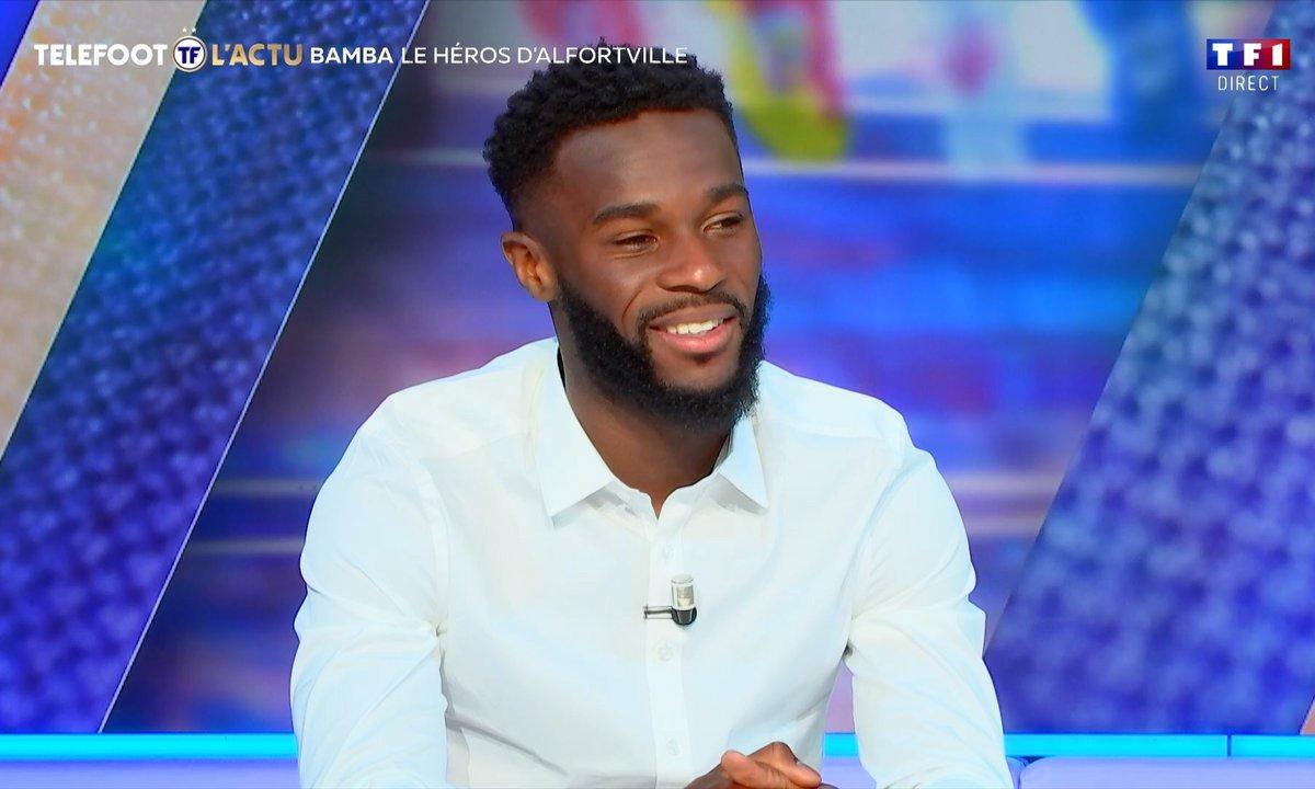 Jonathan Bamba invité sur le plateau de Téléfoot