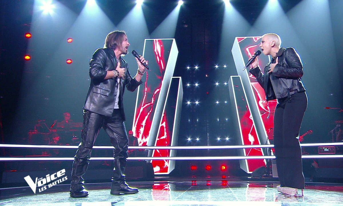 """The Voice 2021 - Giada VS Tom Ross chantent """"Requiem pour un fou"""" de Johnny Hallyday"""