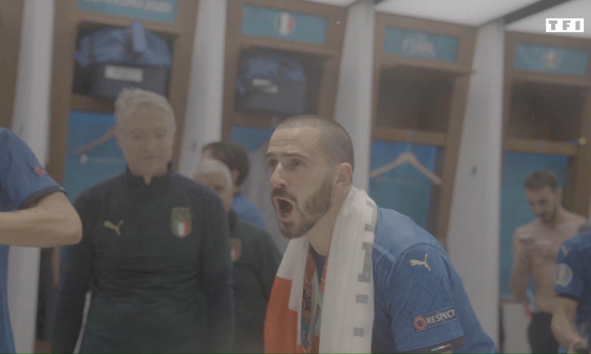 La joie des joueurs italiens dans le vestiaire