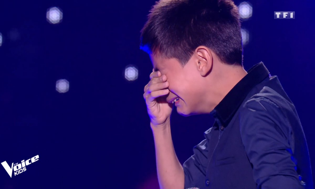 The Voice Kids - BOULEVERSANT ! les larmes d'Ilan, niçois, après sa prestation