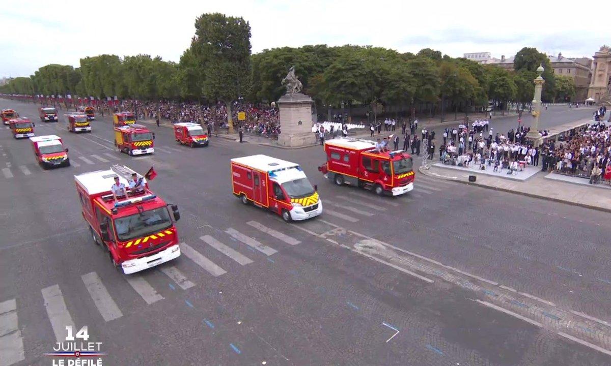 Spéciale 14-juillet : Les sapeurs-pompiers de Paris, très applaudis