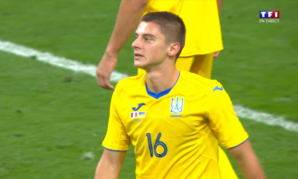 France - Ukraine (4 - 0) : Voir le but csc de Mikolenko en vidéo