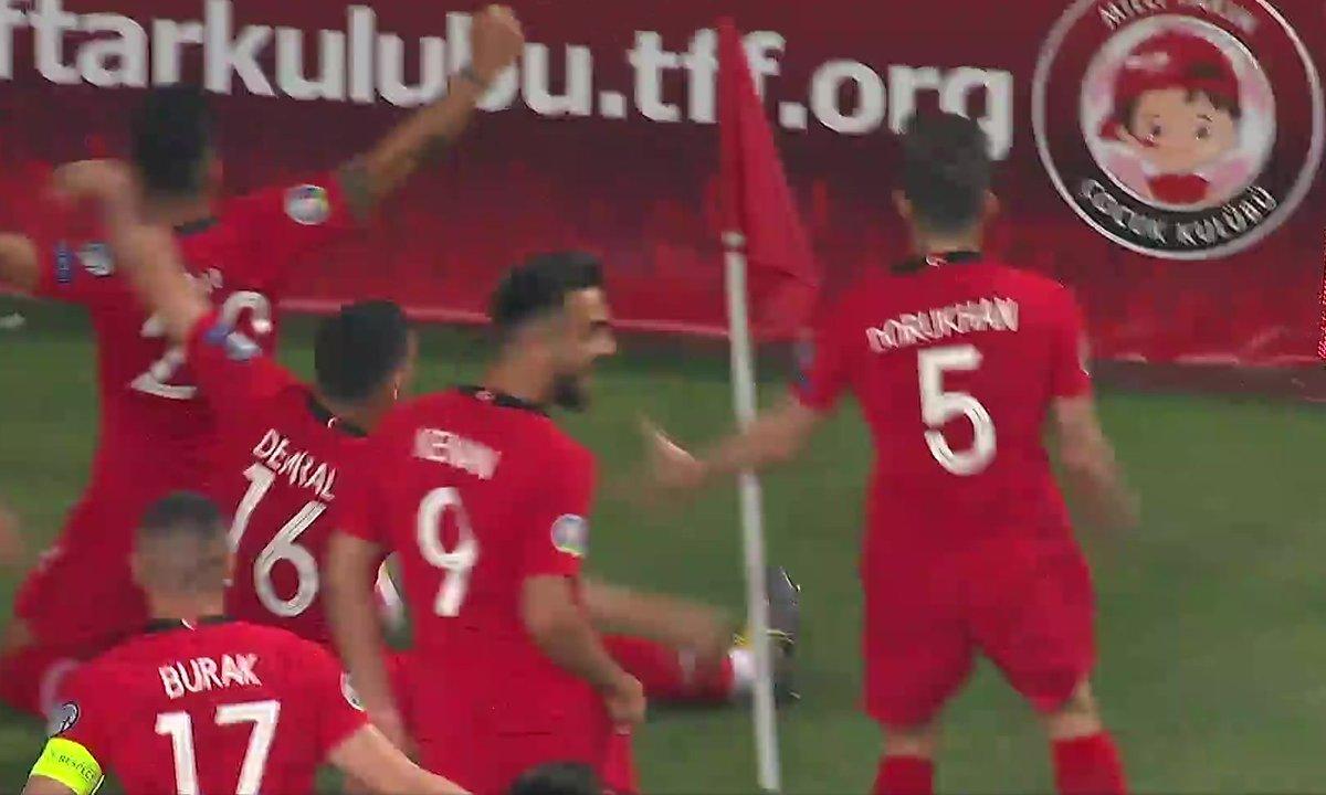 Turquie - France (1 - 0) : Voir le but de Ayhan en vidéo