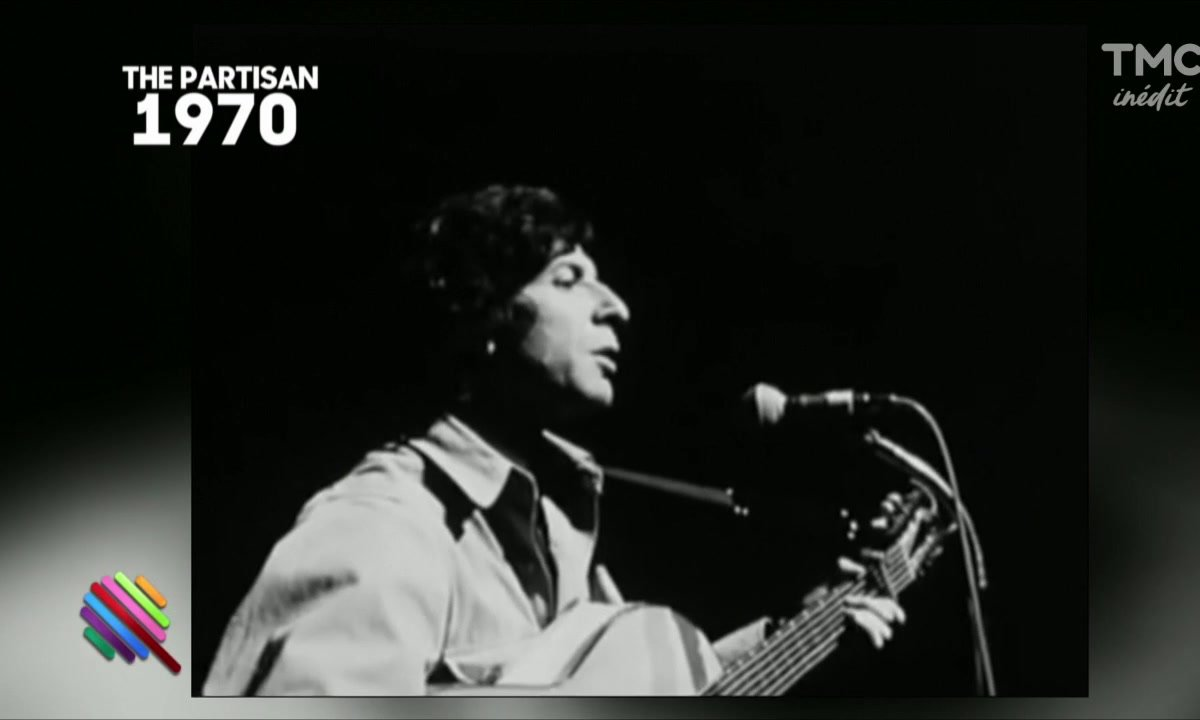 Camelia Jordana rend hommage à Leonard Cohen
