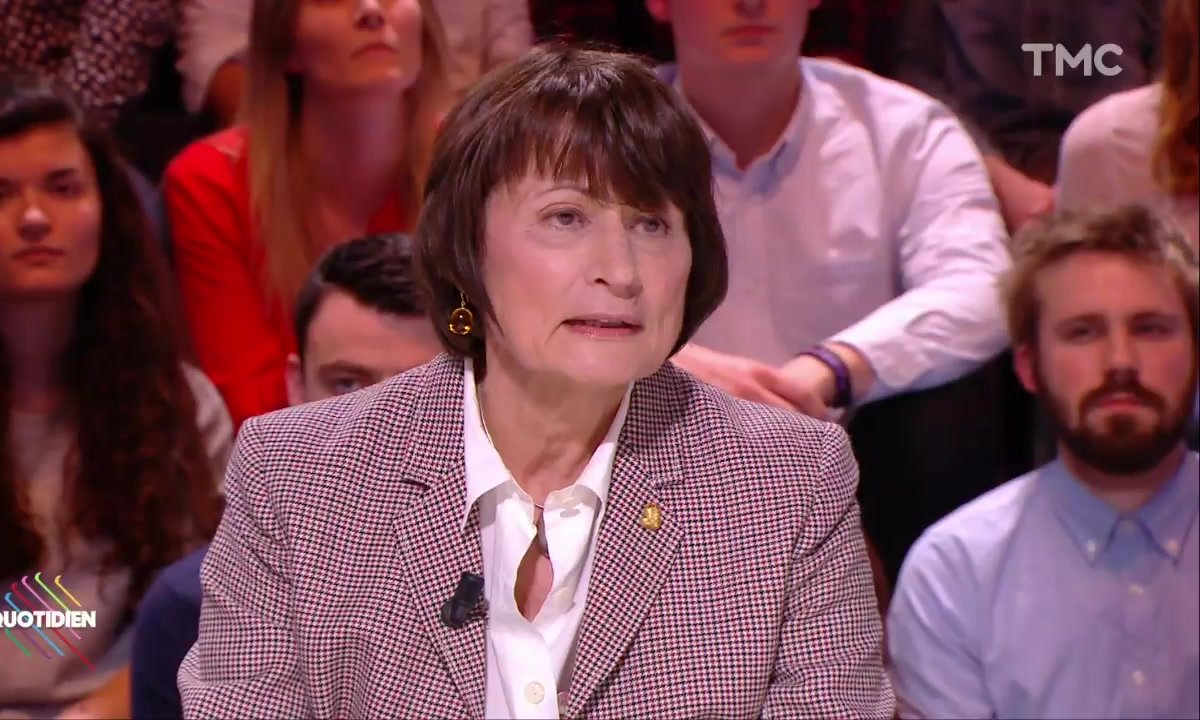 Catherine Millet se désolidarise des propos de Brigitte Lahaie sur le viol