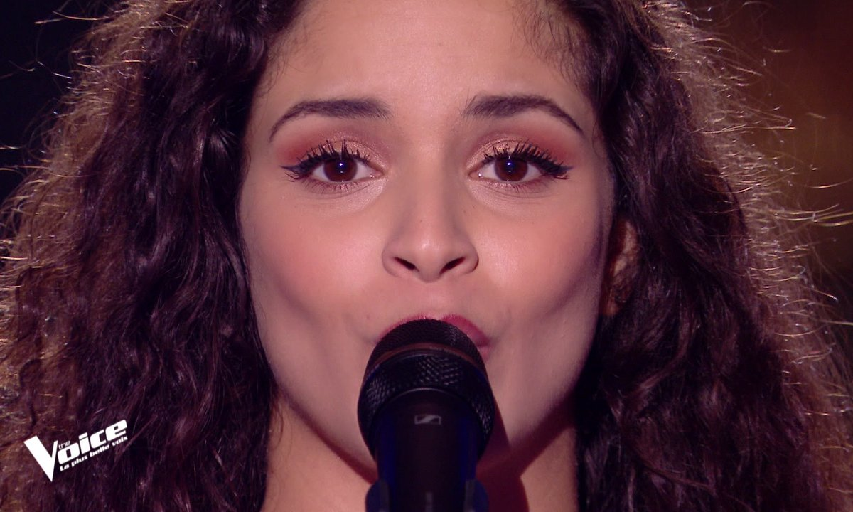"THE VOICE 2020 - Célia chante ""Tu n'es plus là"" d'Amel Bent"