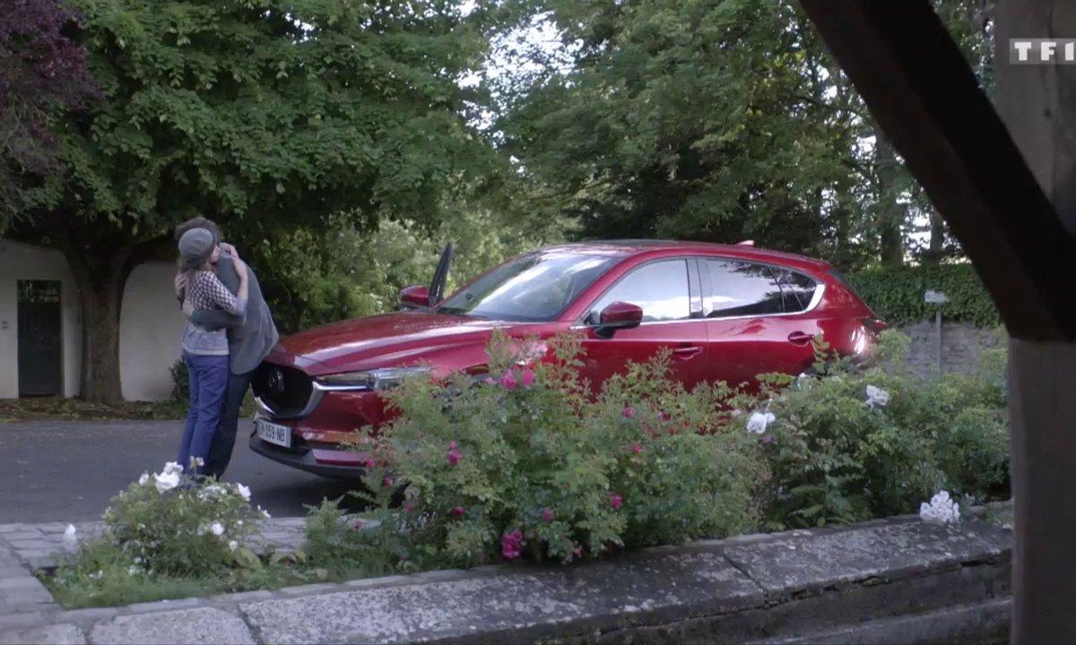 Adrian rencontre son père pour la première fois (épisode S08E04)