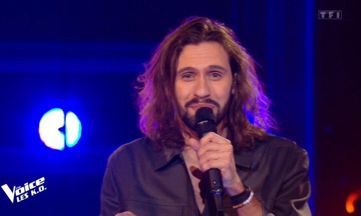 "The Voice 2021 - Clément Albertini chante ""Je reste ici"""