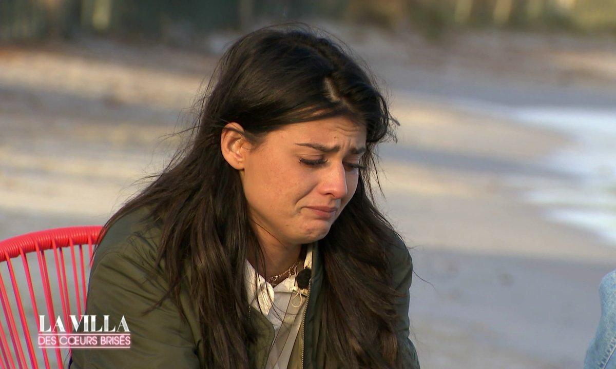 Chani en larmes : « On me crachait dessus parce que j'étais grosse »