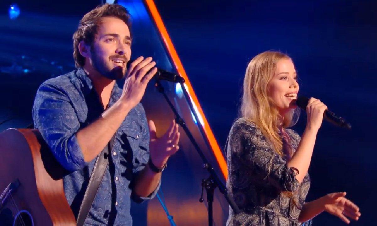Le duo Louyena interprète « Waiting For Love » (Avicii) (Saison 05)