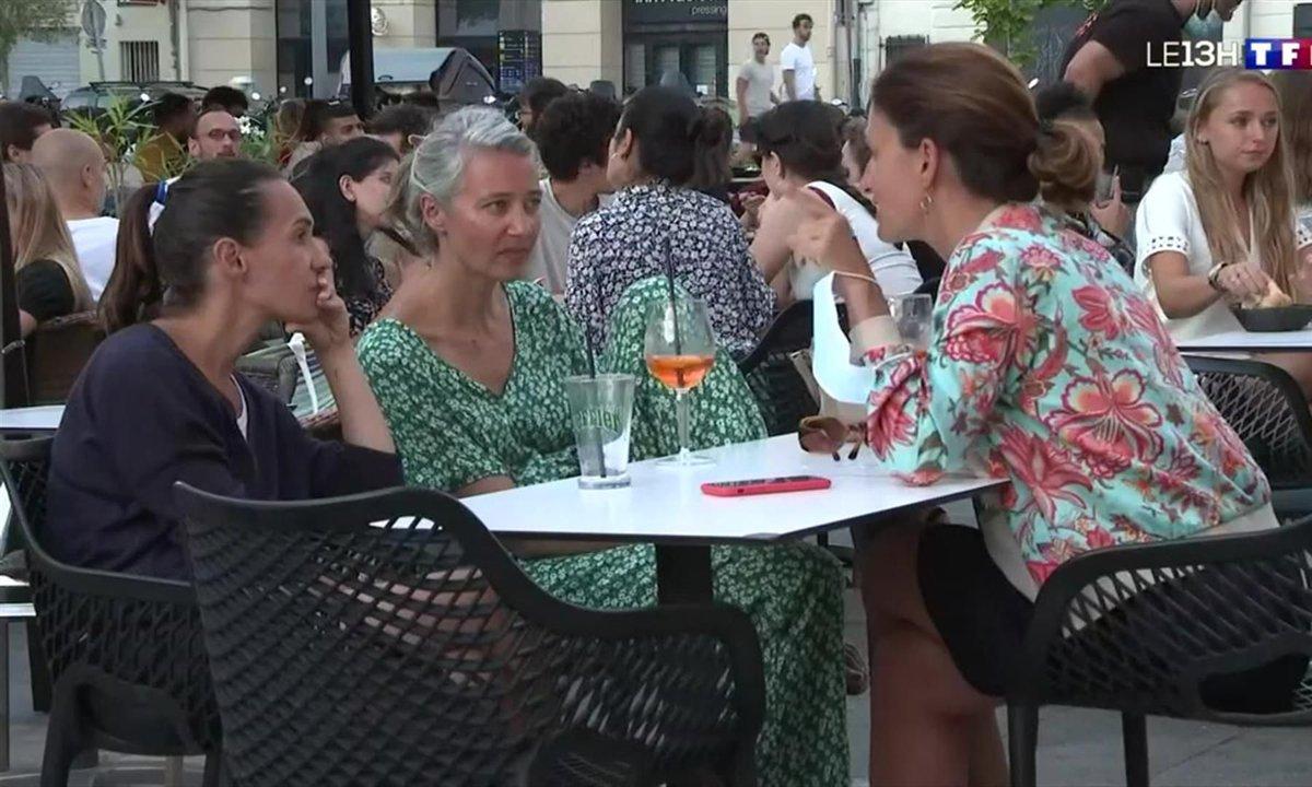Couvre-feu repoussé : comment les Marseillais ont profité de la permission de 23h