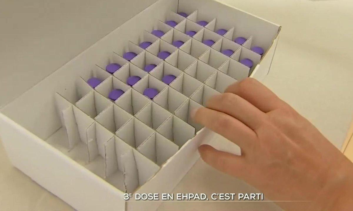 Covid-19 : les Ehpad à l'heure de la troisième dose