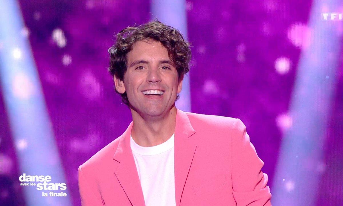 DALS FINALE - Mika interprète en live son titre « Dear Jealousy »