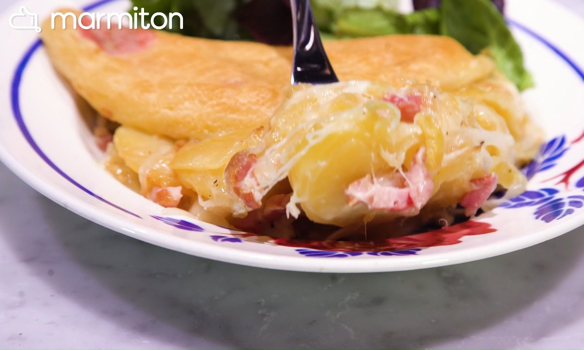 Dans la cuisine N°1 – La tartiflette traditionnelle (Savoie)
