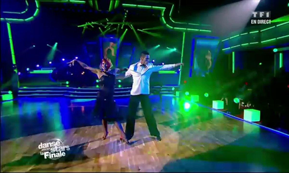 Baptiste Giabiconi et Fauve Hautot dansent une rumba sur le thème de James Bond