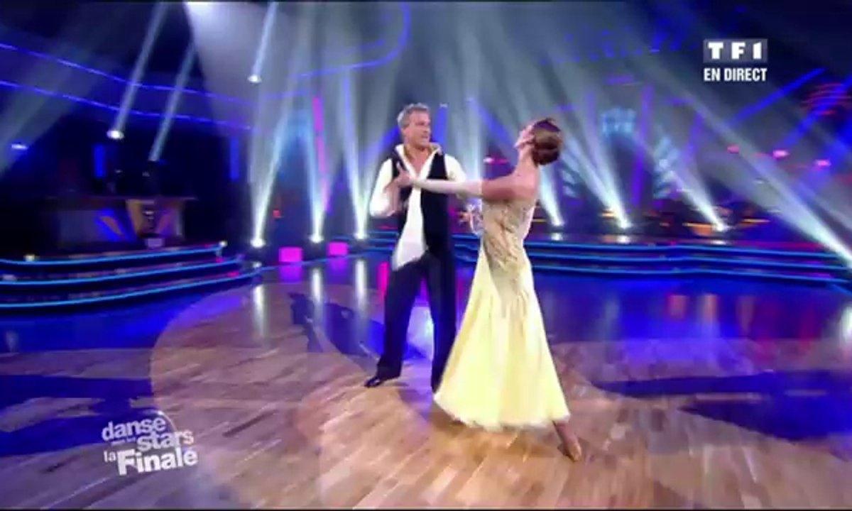 David Ginola et Silvia Notargiacomo dansent une valse sur We Are the Champions (Queen)