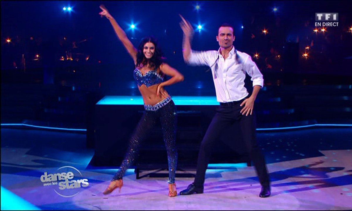 Disco pour Damien Sargue et Candice sur « You should be dancing» (Bee Gees)