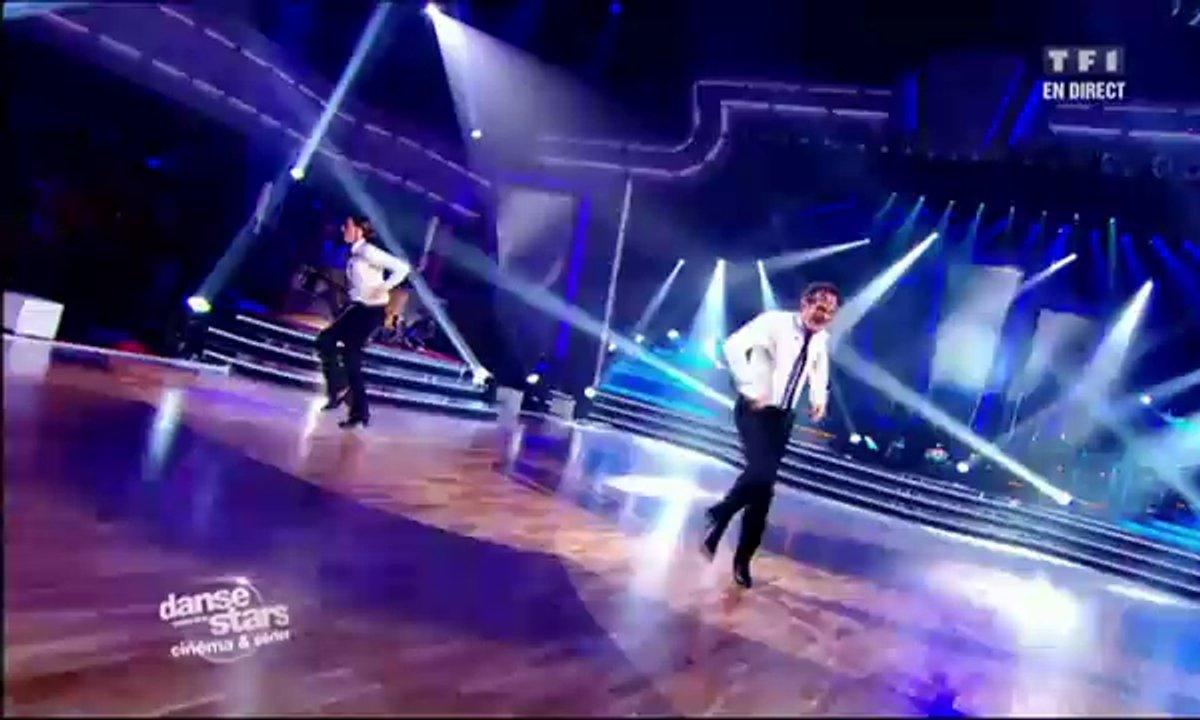 Francis Lalanne et Silvia Notargiacomo dansent un jive sur Les Blues Brothers