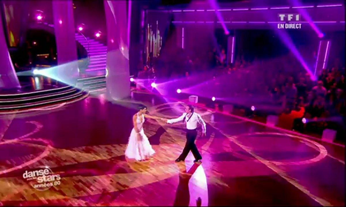 Philippe Candeloro et Candice Pascal dansent un fox-trot sur Total Eclipse of the Heart (Bonnie Tyler)