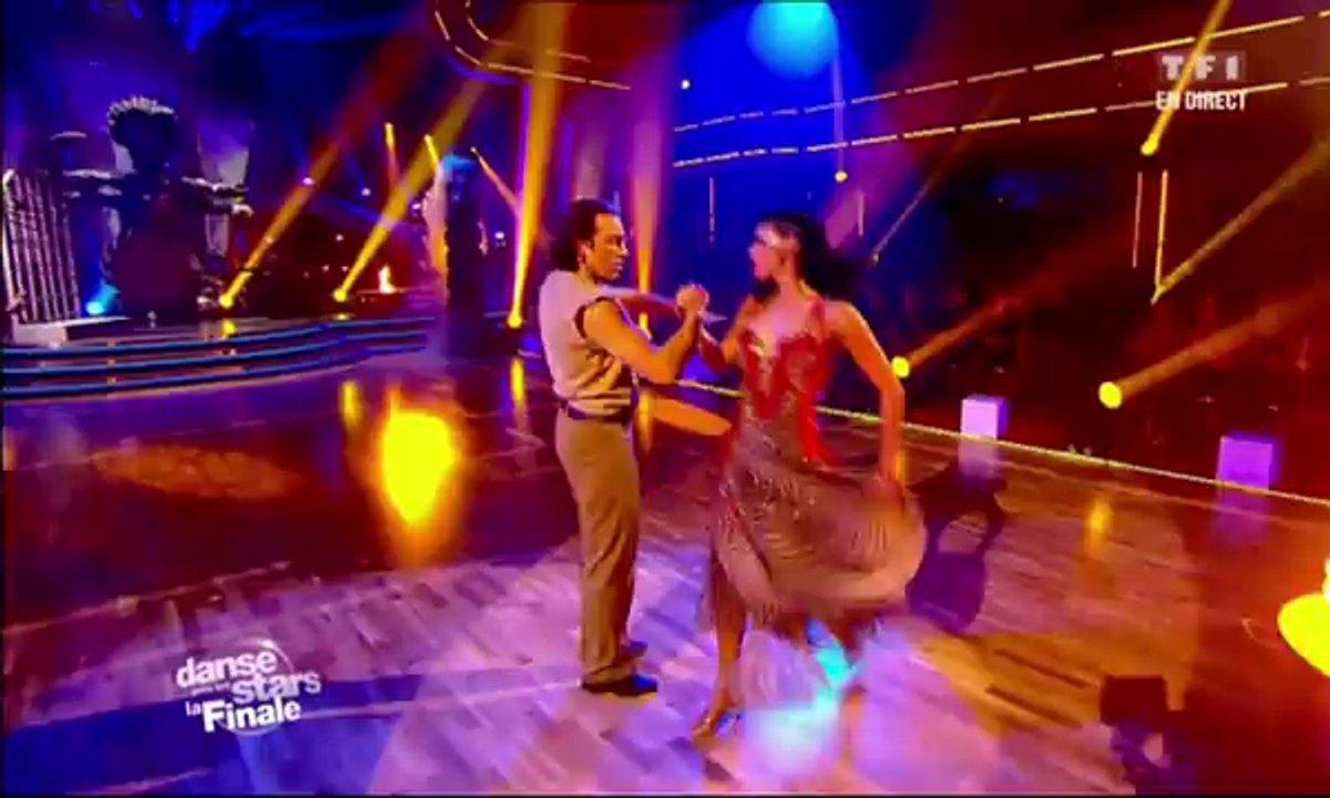 Philippe Candeloro et Candice Pascal dansent un paso doble sur Indiana Jones