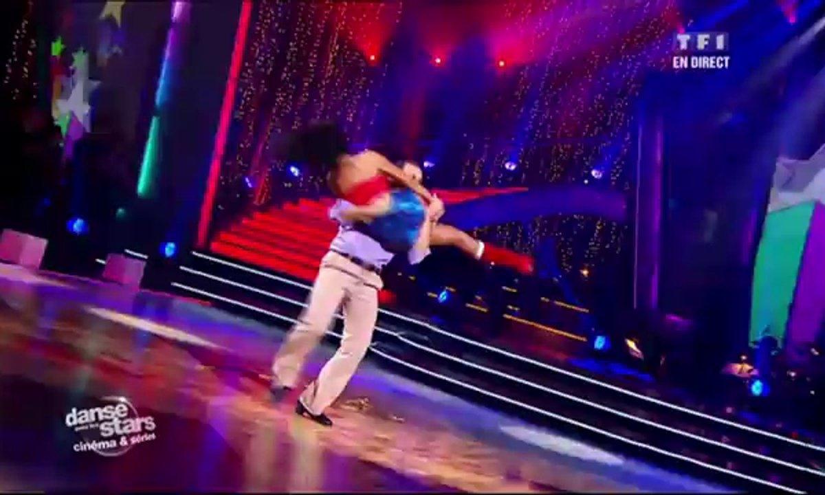 Philippe Candeloro et Candice Pascal dansent un samba sur le thème de Wonder Woman