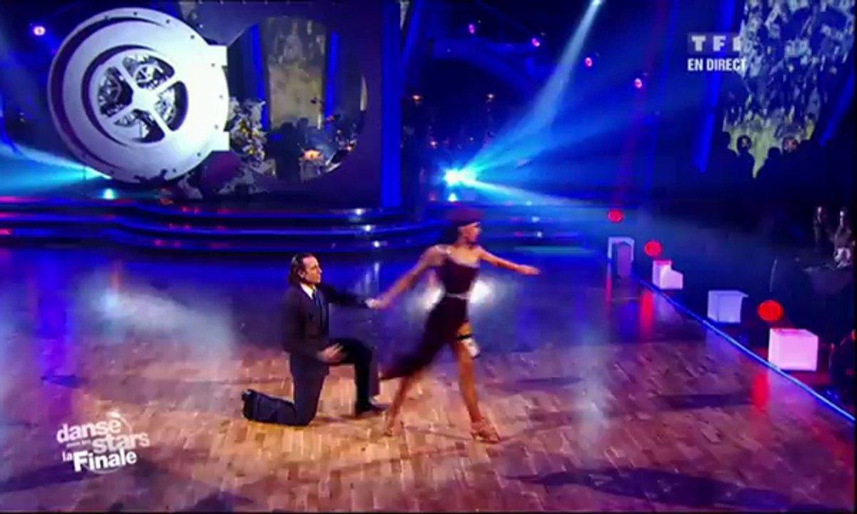 Philippe Candeloro et Candice Pascal dansent un tango sur Money, Money, Money (ABBA)
