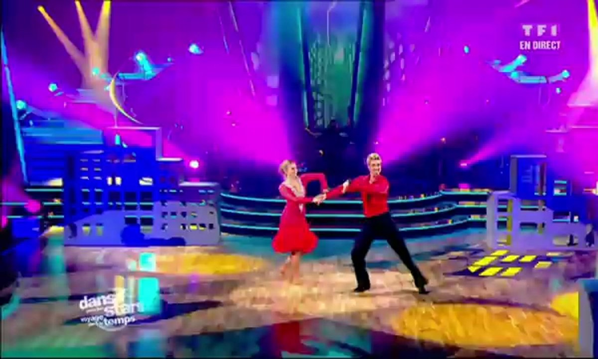 Sheila et Julien Brugel dansent un paso doble sur It's Raining Men (The Weather Girls)
