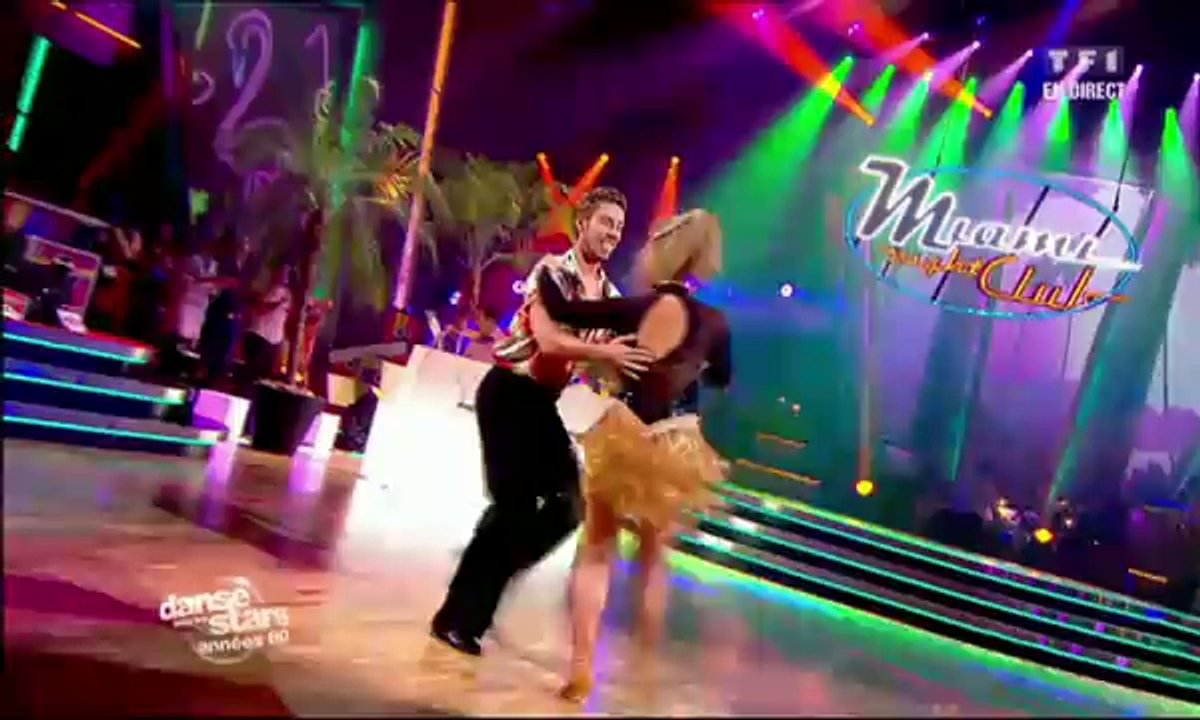 Sheila et Julien Brugel dansent une samba sur Conga (Gloria Estefan)
