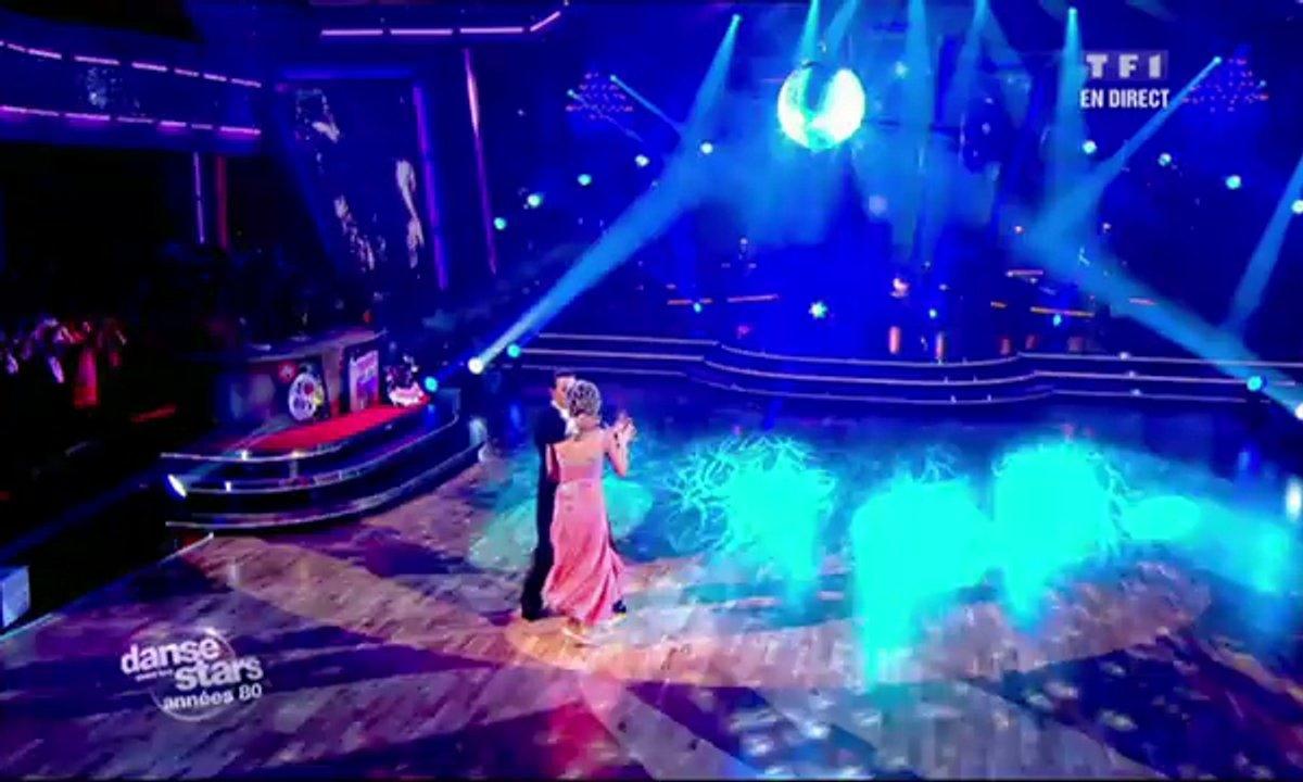 Véronique Jannot et Grégoire Lyonnet dansent un fox-trot sur Femme que j'aime (Jean-Luc Lahaye)