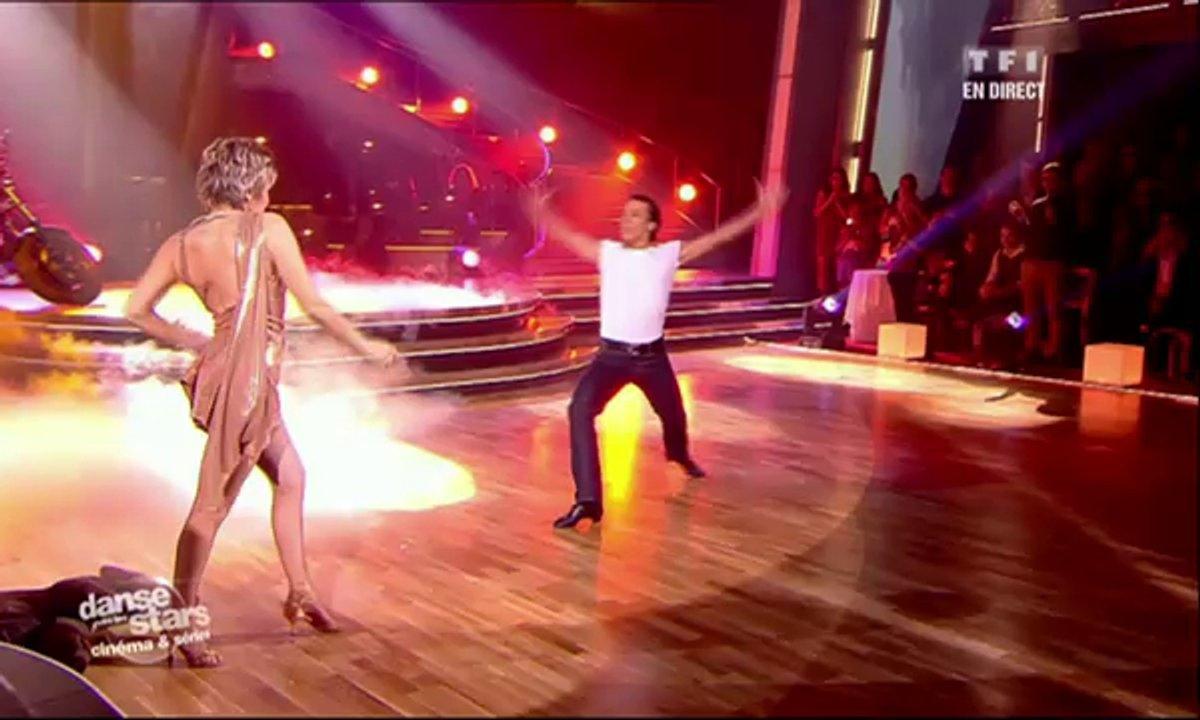 Véronique Jannot et Grégoire Lyonnet dansent une rumba sur Take My Breath Away (Top Gun)